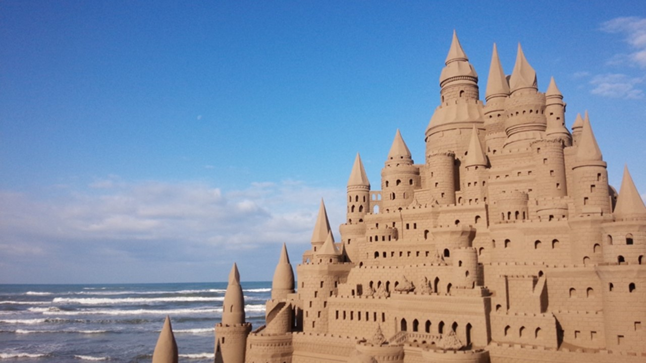 Chirihama Beach Sand Sculptures
