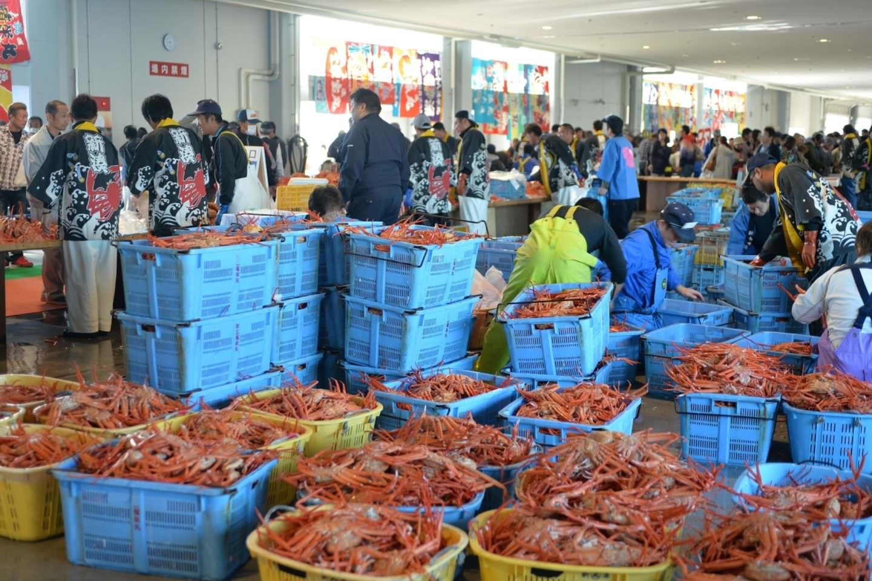 Shinminato Kanikani Seafood Glass shrimp Festival