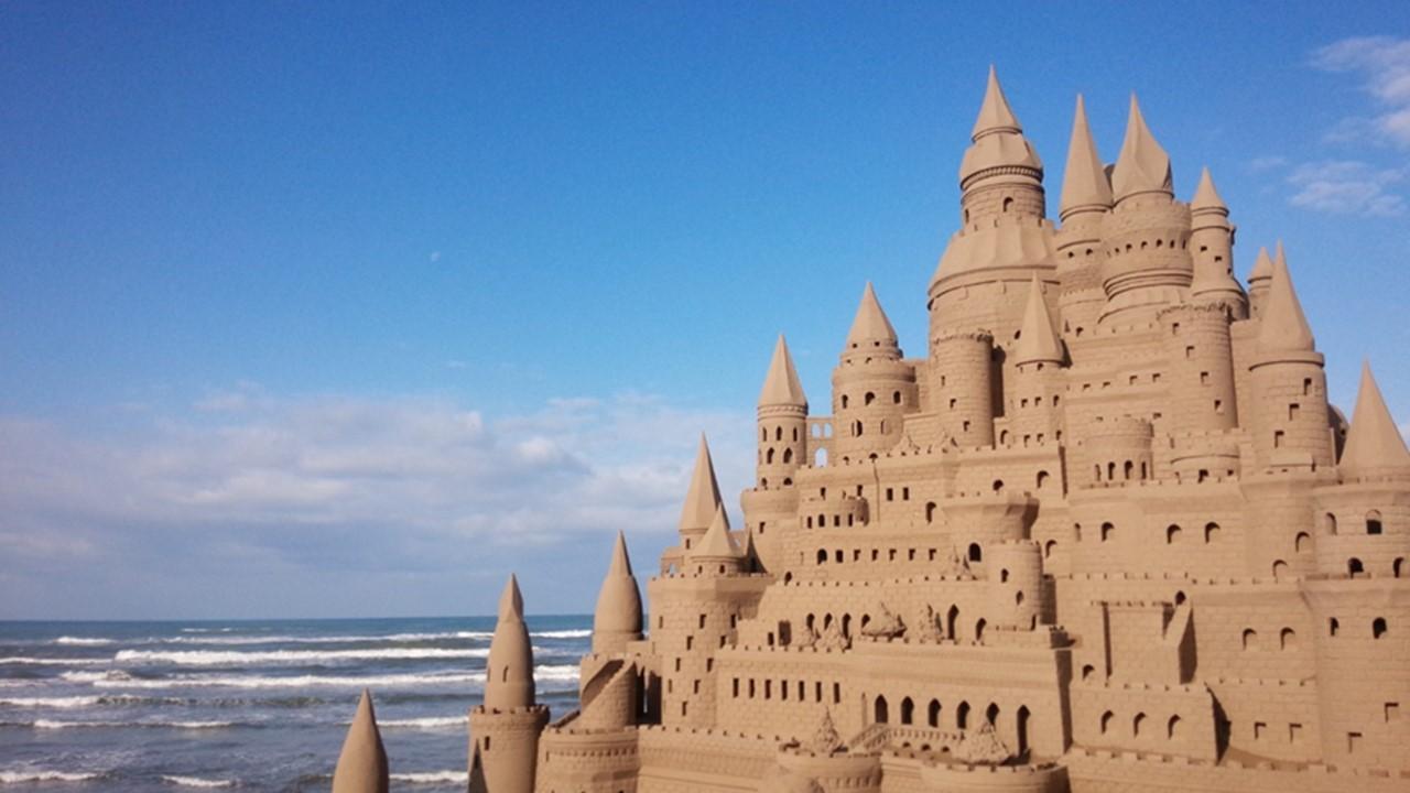 Chirihama Beach Sand Sculptures